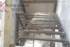 Лестницы на металлокаркасе в дом (3)