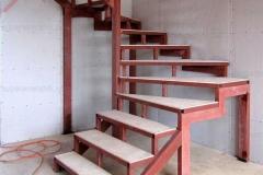 каркас лестницы из железа